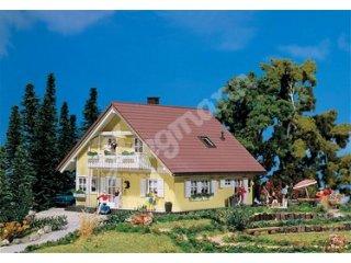 Faller 130640 H0 Saniertes Einfamilienhaus