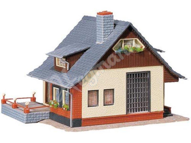 haus mit balkon faller 131359 haus mit balkon faller 131359. Black Bedroom Furniture Sets. Home Design Ideas