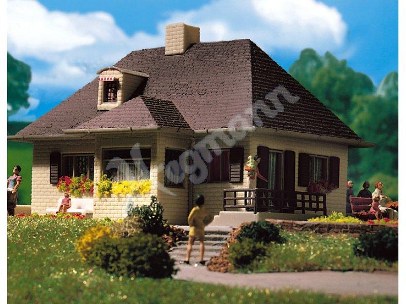 H0 einfamilienhaus vollmer modellbahnzubeh r vollmer 3719 for Einfamilienhaus modelle